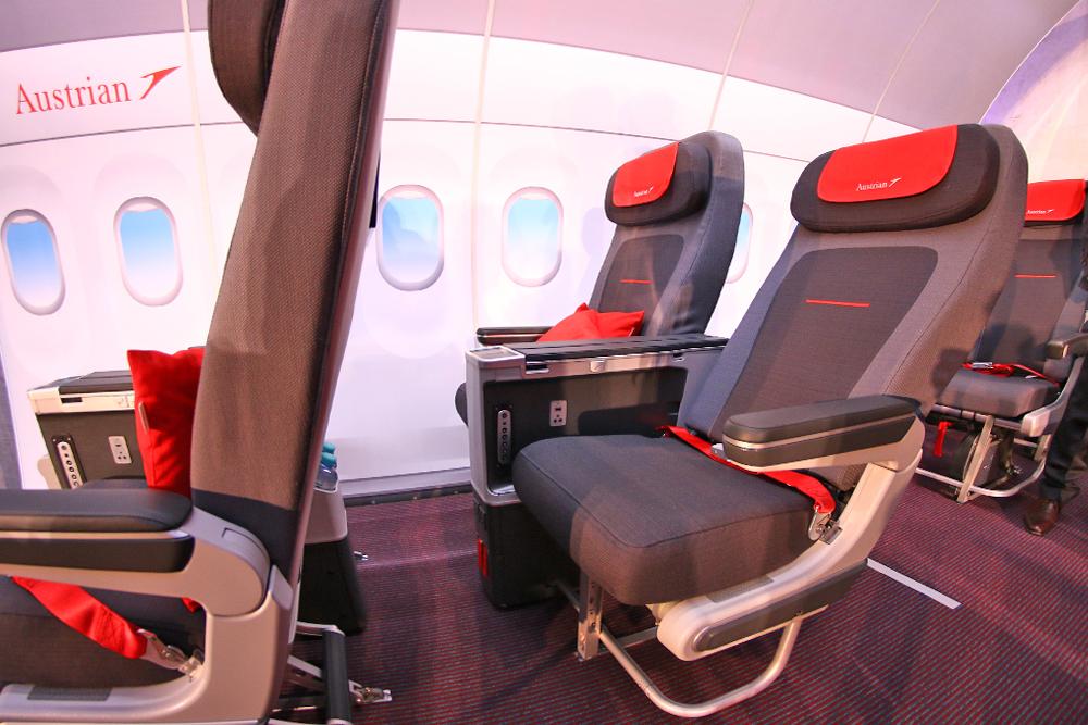 austrian_airlines_aua_praesentation_premium_eco_sitz_5.jpg