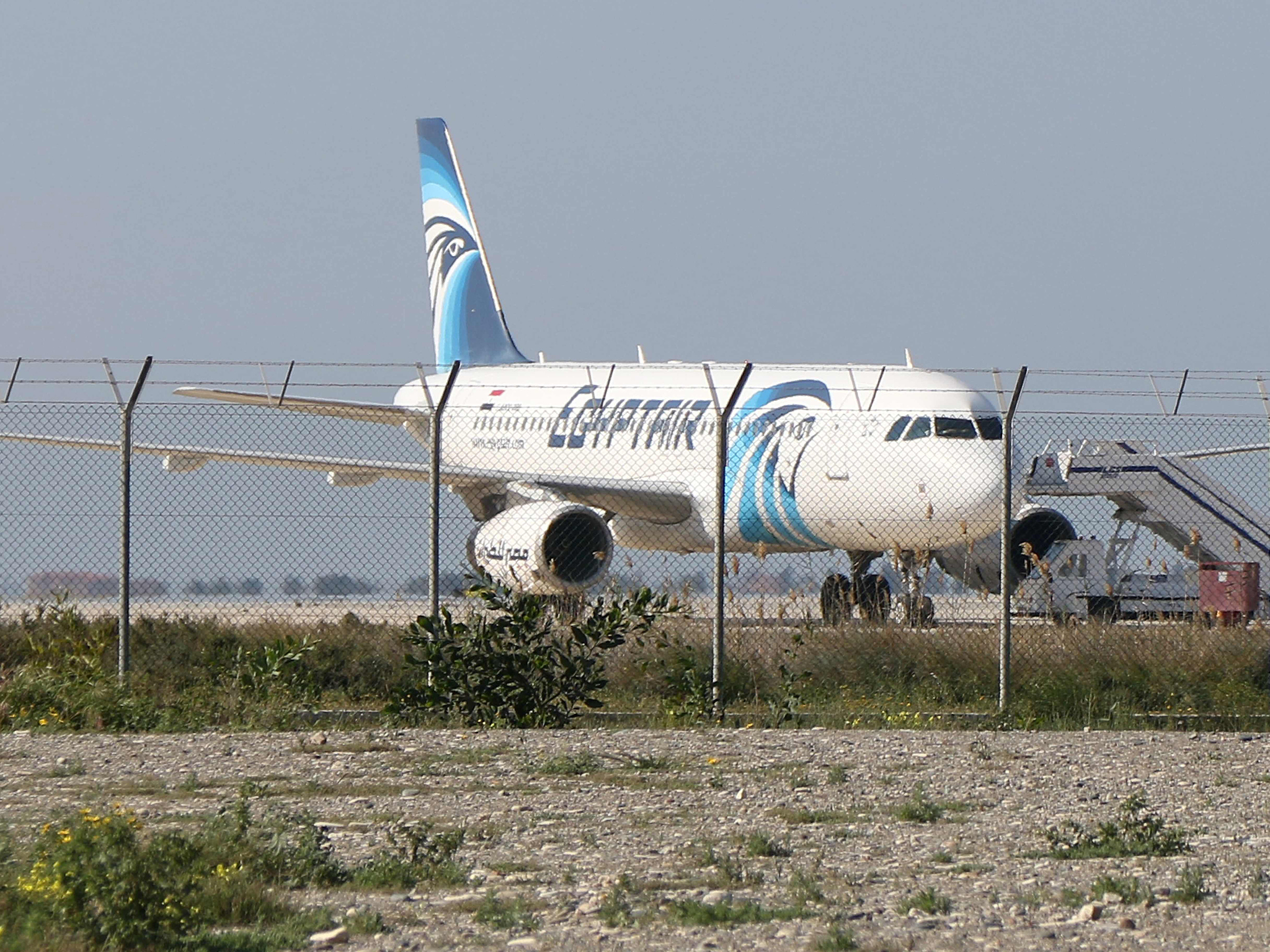 egypt-hijacked-plane-3.jpg