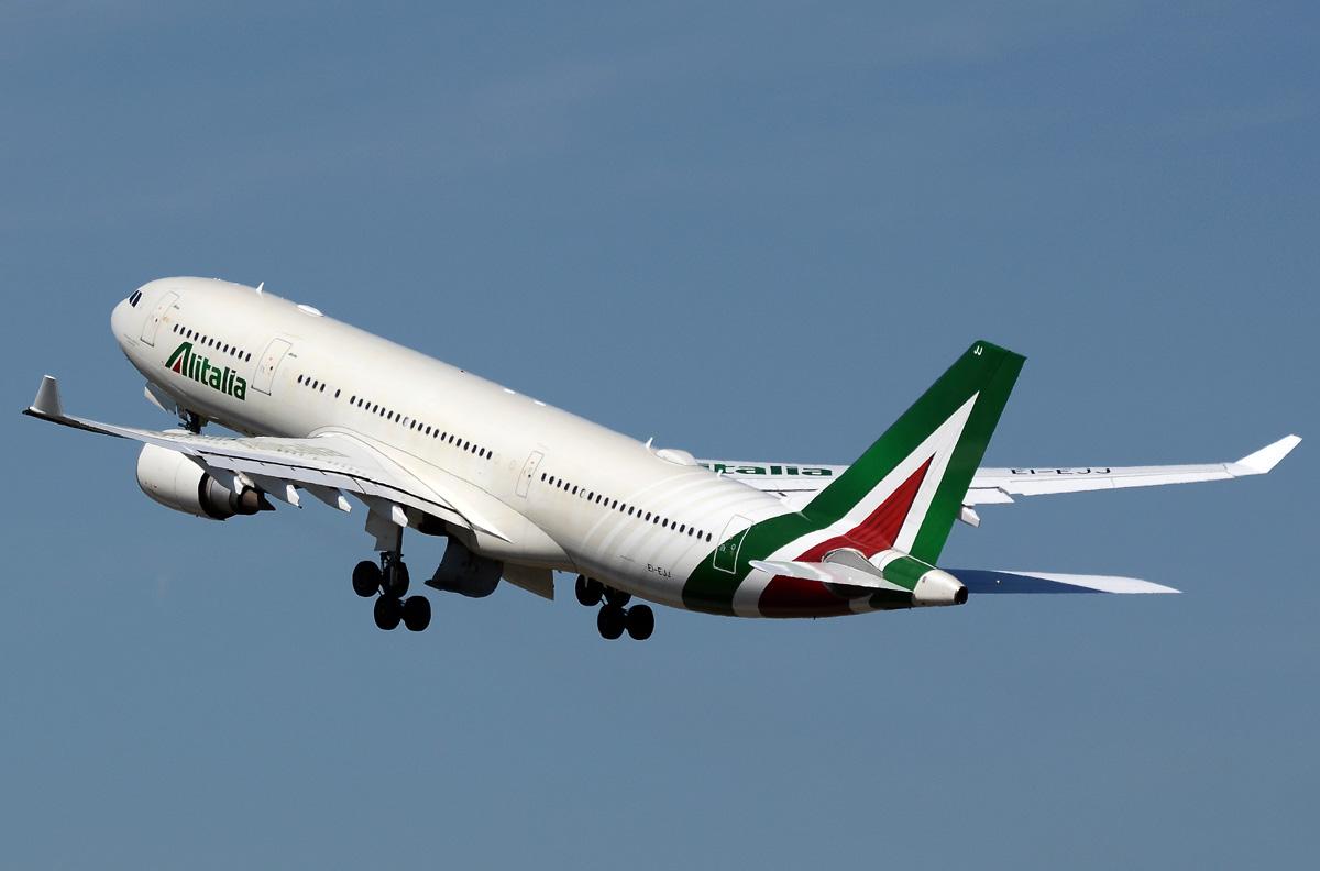 ei-ejj-alitalia-airbus-a330-202.jpg