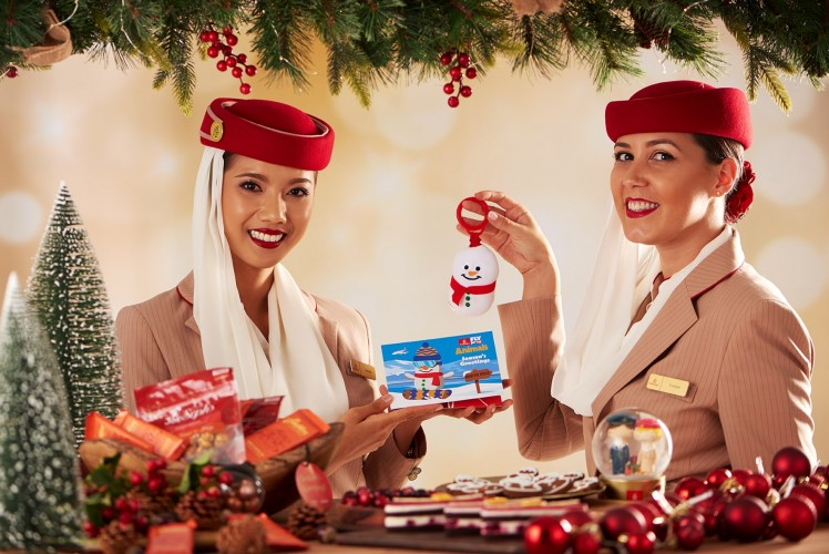 emirates_christmas_2019_cabin_crew.jpg