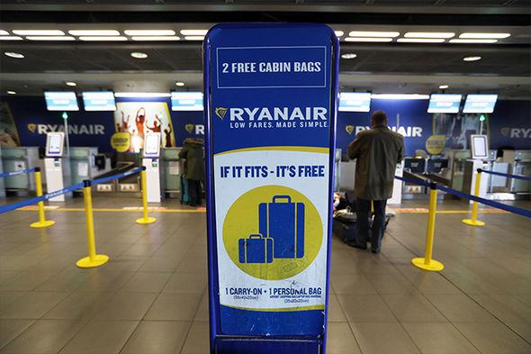 ryanair-flights-hand-luggage-allowance-warning-998355.jpg