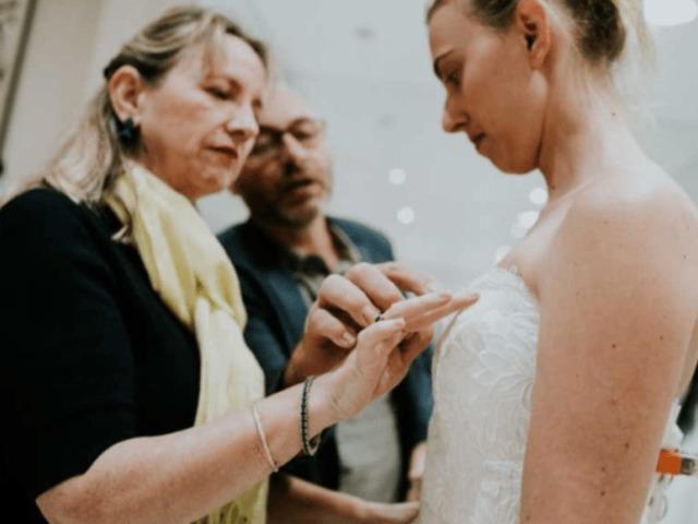 A látássérült menyasszony megtalálja álmai ruháját 1fa7dfa0b9