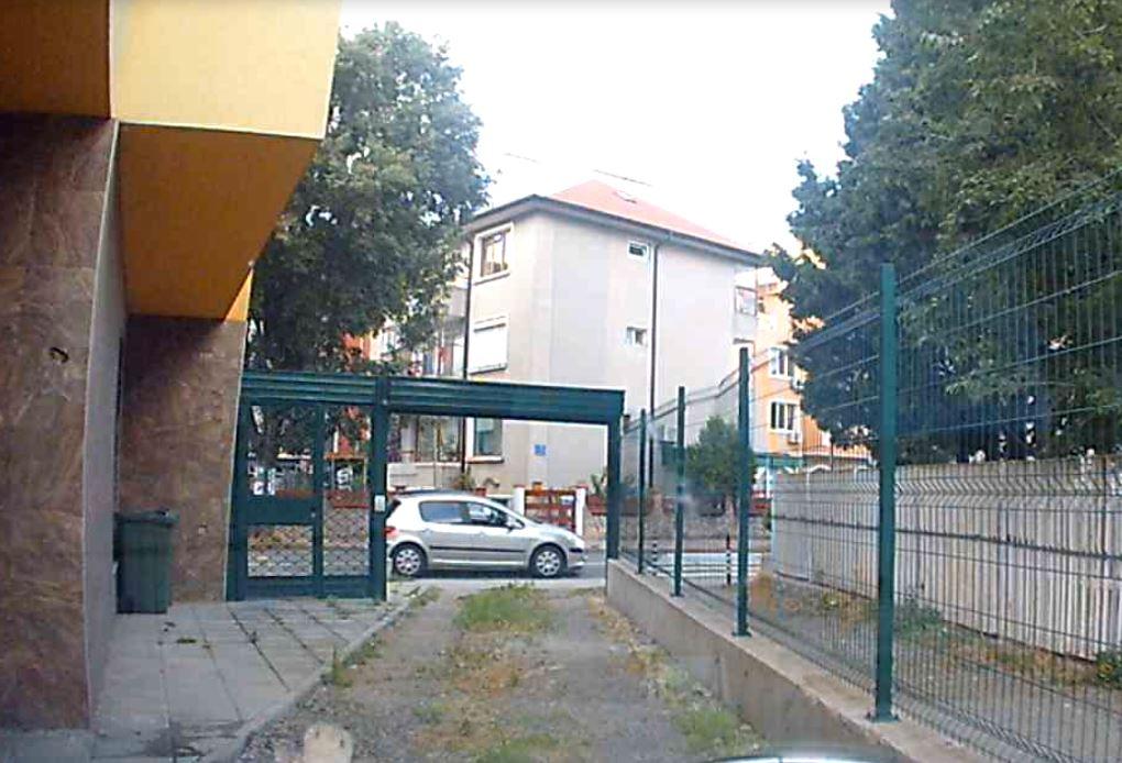 18alb01.JPG