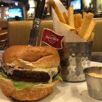 Mini és vega burgerek a Hard Rock kínálatában
