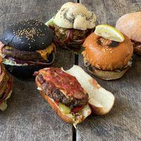 A nagy Wolt burger-kiszállítós teszt