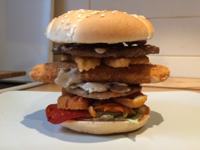 Megszületett a közel félkilós Mekis szendvics