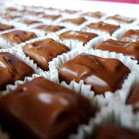 Burzsuj csokoládé: kerek, szögletes, lyukas és drága