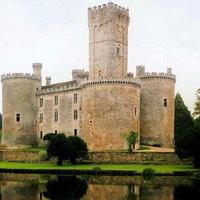 Arisztokraták, előre! Francia kastély másfél milliós négyzetméteráron