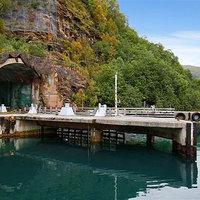 Mit kezdenél egy norvég tengeralattjáró-támaszponttal?