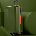 Spanyolviasz: Tervezz magadnak egyedi bőröndöt, ilyen még nem volt!