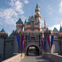 Lakj Disneylandben!