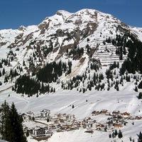 Beelőzzük a kínaiakat? Hétcsillagos szálloda épül az Alpokban