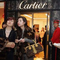 Kína bekebelezi a világ luxusiparát
