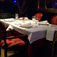 Budapest jó helyei: La Plaza étterem