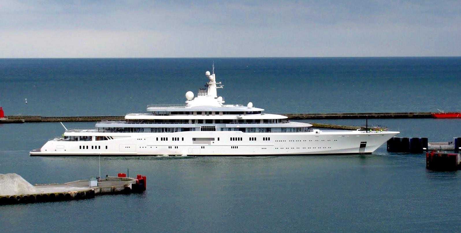 Nyaralj Roman Abramovics jachtján heti 380 millióért!