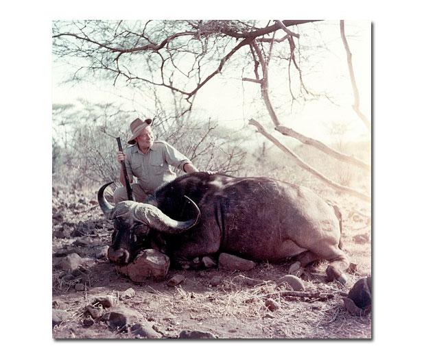 Fotók Hemingwayről, a burzsoázia életvezetési tanácsadójáról