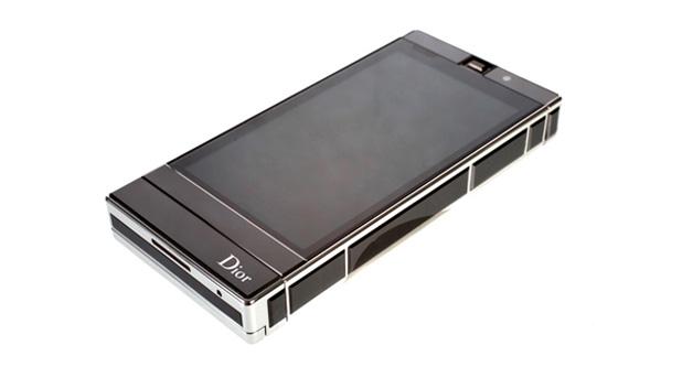 A Vertu is a Dior is belép az okostelefon-piacra