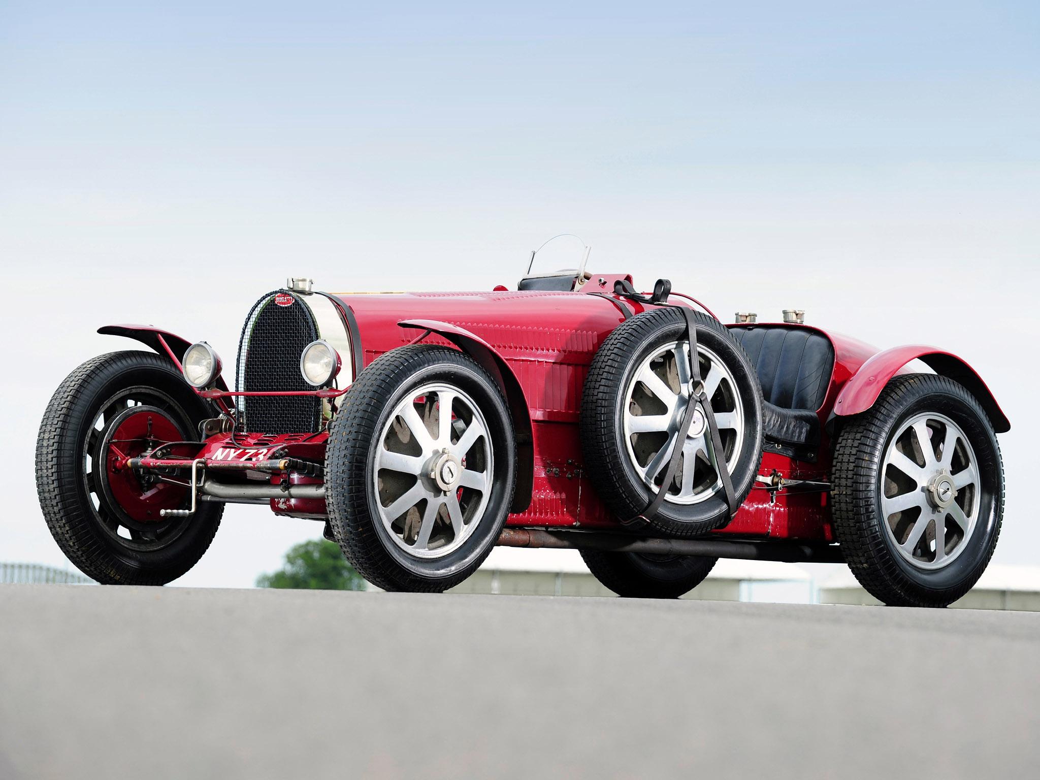 bugatti_type-51-grand-prix-lord-raglan-1933_r8.jpg