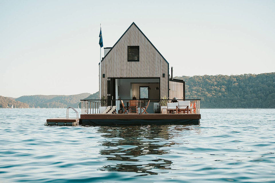 lilypad-floating-cabin-1-thumb-960xauto-114394.jpg