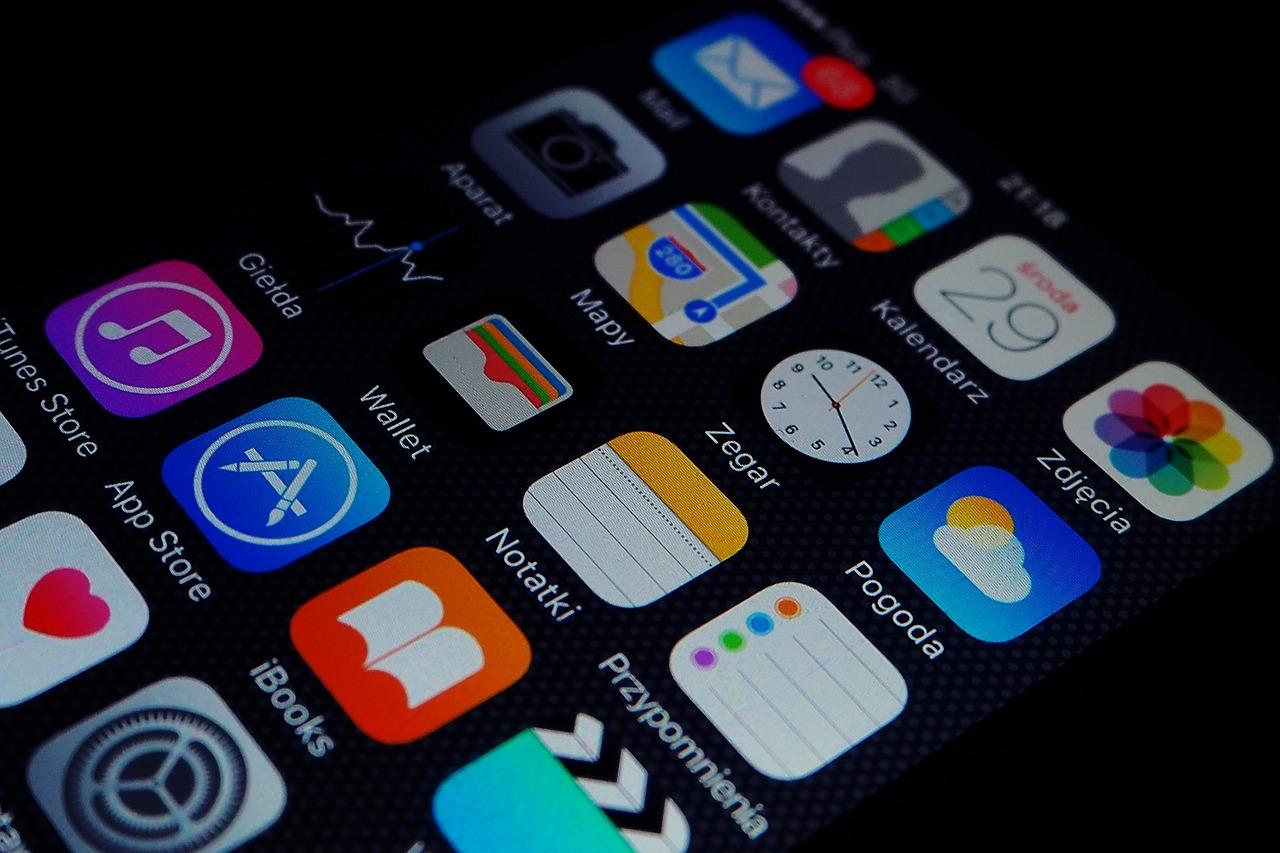 apps-2558373_1280.jpg