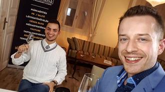 Blogból részvénytársaság lettünk! Magyarországon először!