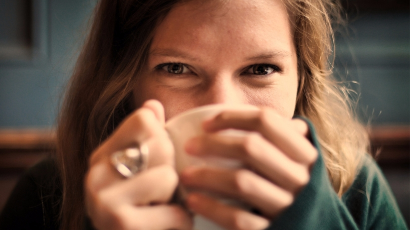 20150306162010-truth-about-successful-woman-smiling-happy-coffee-cup-drinking-eyes.jpeg