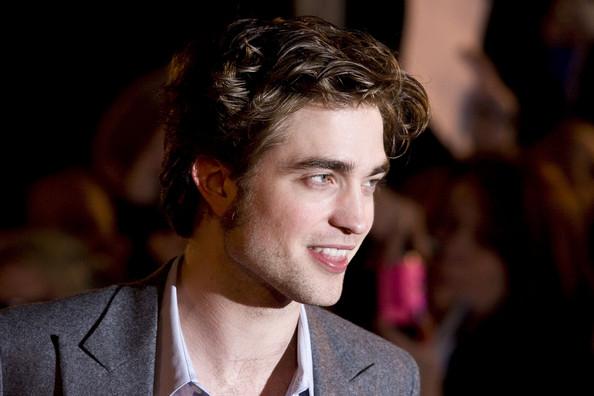 Robert-Pattinson-dirty-hair.jpg