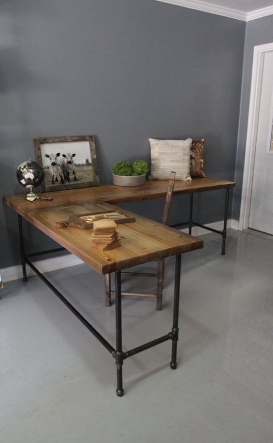 stylish-industrial-desks-for-your-office-1-554x900.jpg