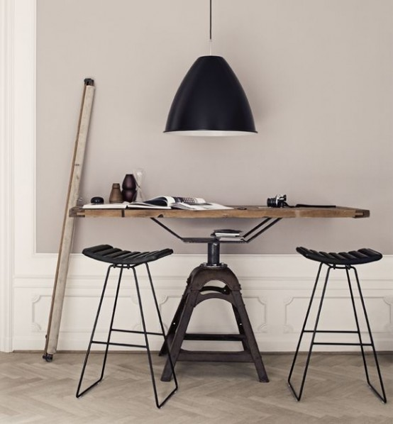 stylish-industrial-desks-for-your-office-16-554x598.jpg