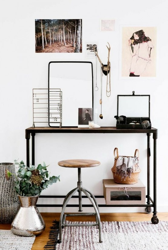 stylish-industrial-desks-for-your-office-19-554x824.jpg