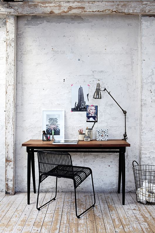 stylish-industrial-desks-for-your-office-23.jpg