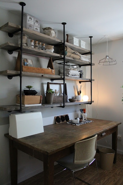 stylish-industrial-desks-for-your-office-5.jpg