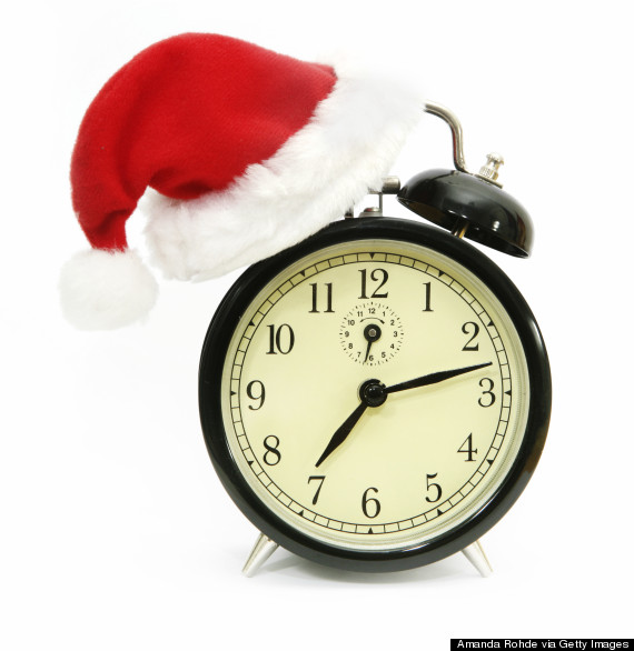 o-christmas-clock-570.jpg