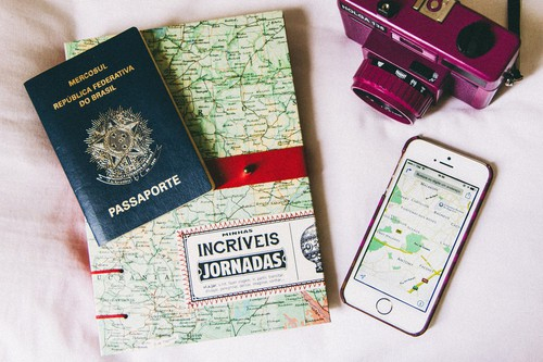 camera-map-passport-travel-favim_com-3074892.jpg