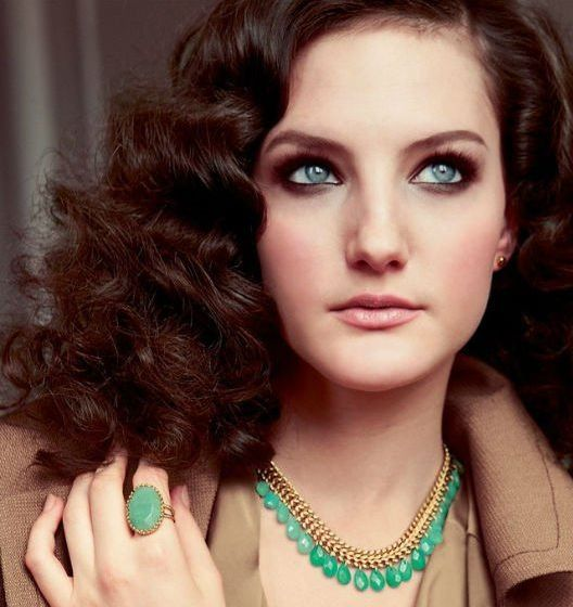 Free-shipping-Blue-and-Green-Jade-necklace-Style-Of-Celebrities-Double-Very-Hot-Luxury-OEM-Fashion.jpg