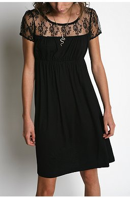 black-lace-night-date.jpg