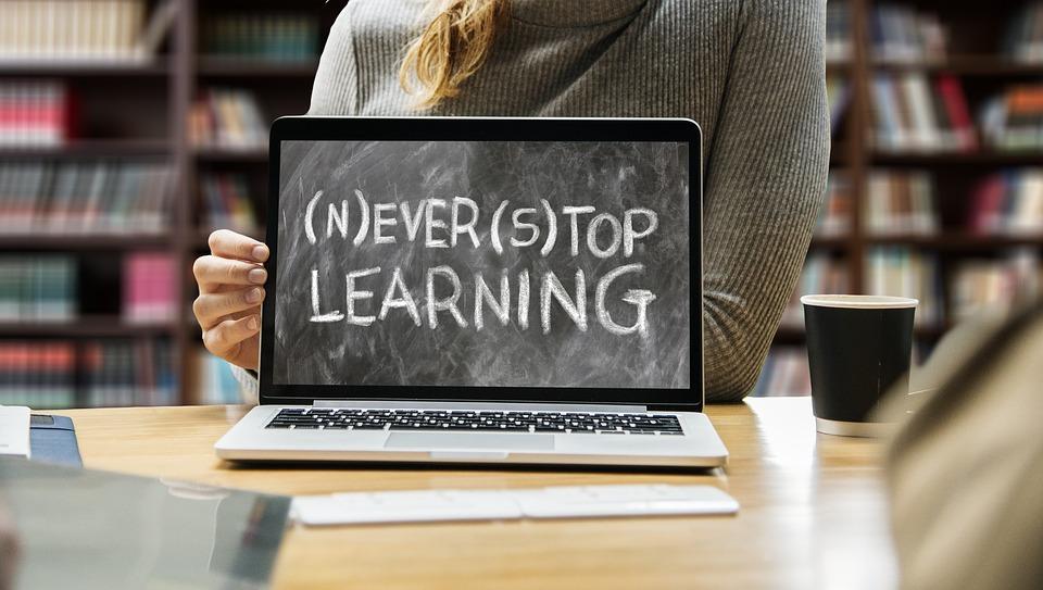 learn-3653430_960_720.jpg