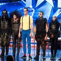 A Magus Utopia illúzionista társulattól leesett az álla a Britain's got Talent zsűriének! - VIDEÓ