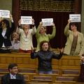 Fideszes férfiak, asszony verve jó?