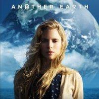 Filmkritika: Felettünk a Föld