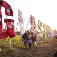 Képek a 2011-es Glastonbury fesztiválról!