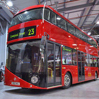 Új busz Londonban