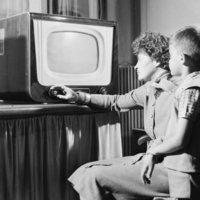 A televízió
