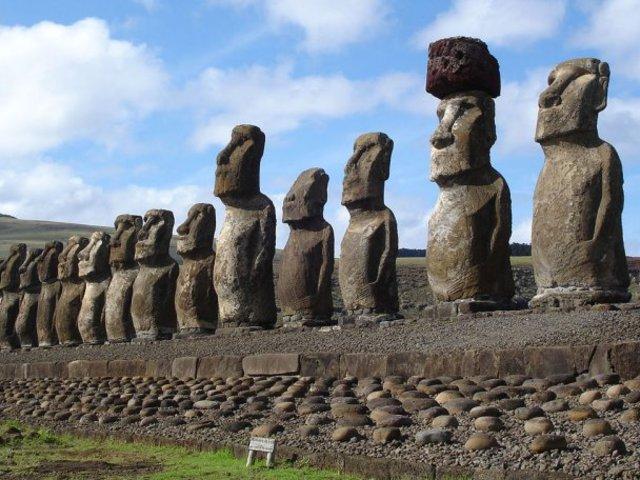 Moai, avagy a balgaság emlékműve