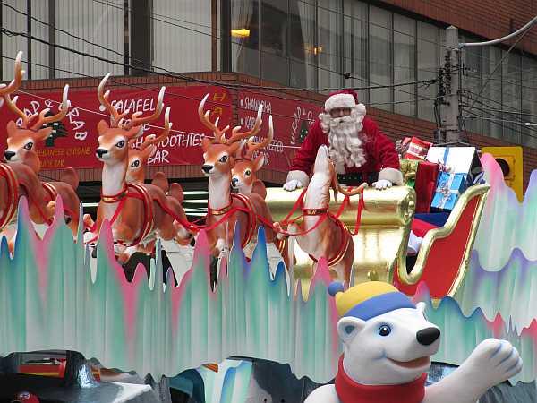 santa_claus_parade_toronto_2009_2_1.jpg
