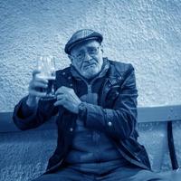 Az öntudatos polgár iszik