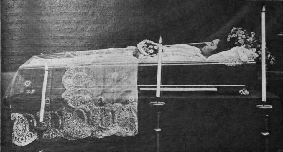 petofi_zoltan_a_ravatalon_1899-32.JPG