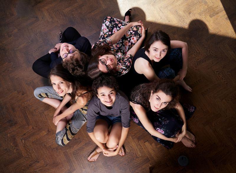 Nő a kreativitás – női történetek a CAFe Budapesten