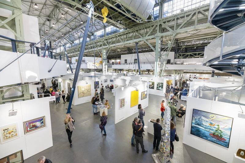 Mindent a szemnek: képzőművészet és design határok nélkül a CAFe Budapesten