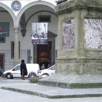 Capa Firenzében is